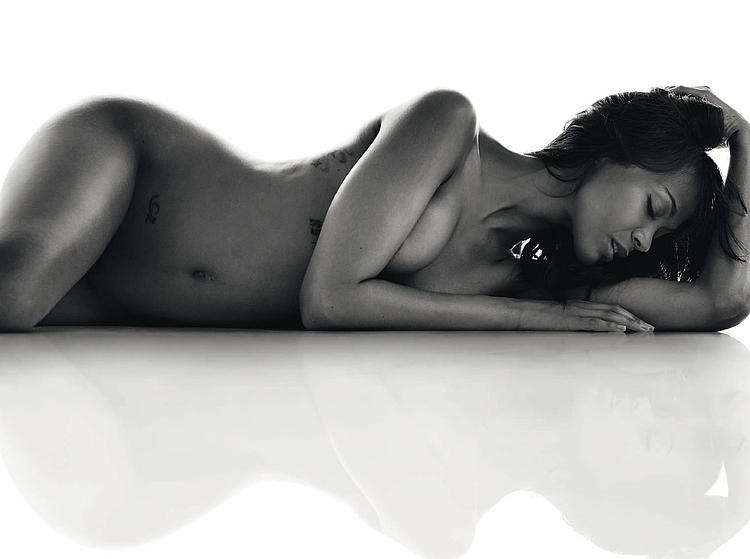 Zoe Saldana Celebrities Naked