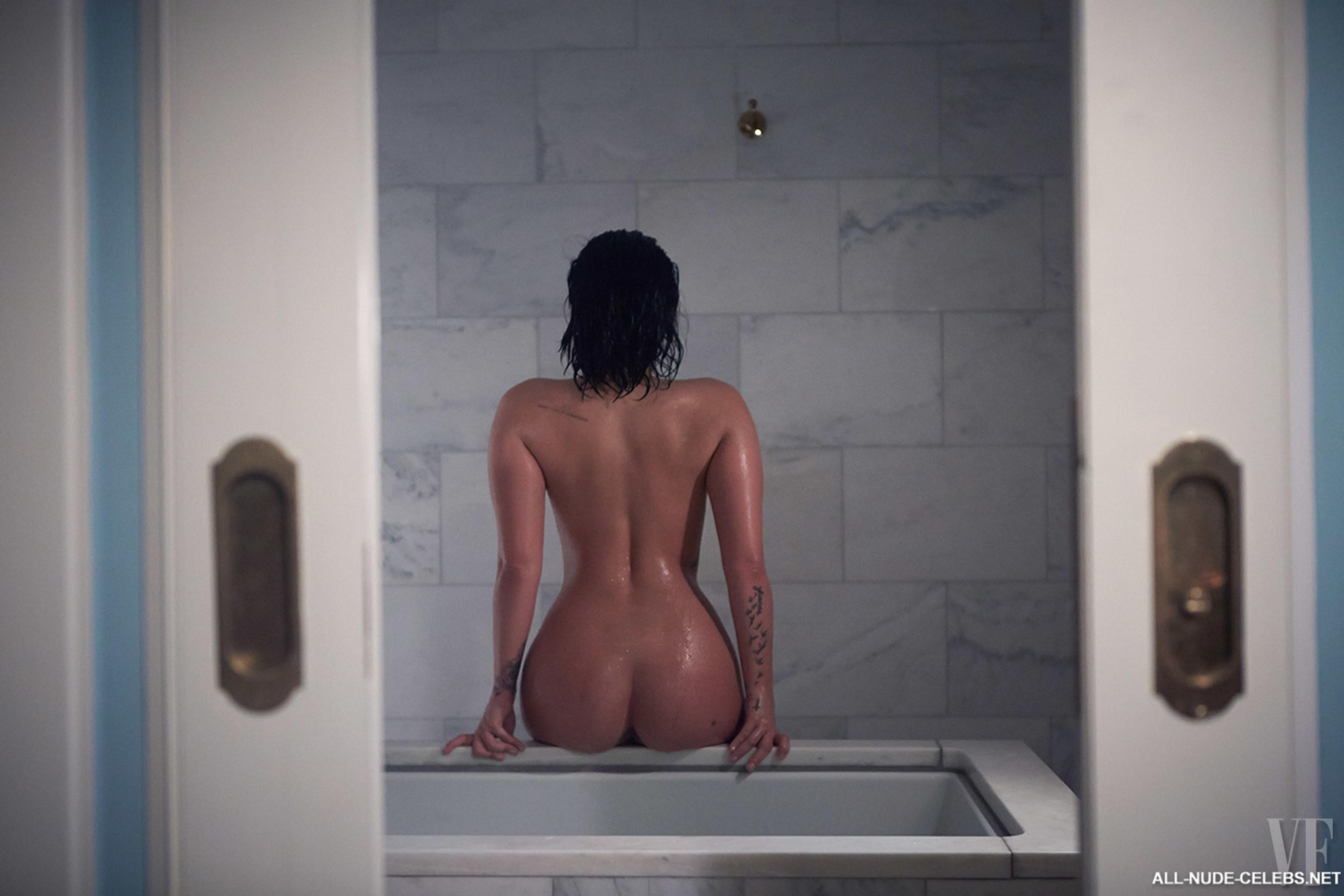 Demi Lovato Nude Leaked Pics And Porn