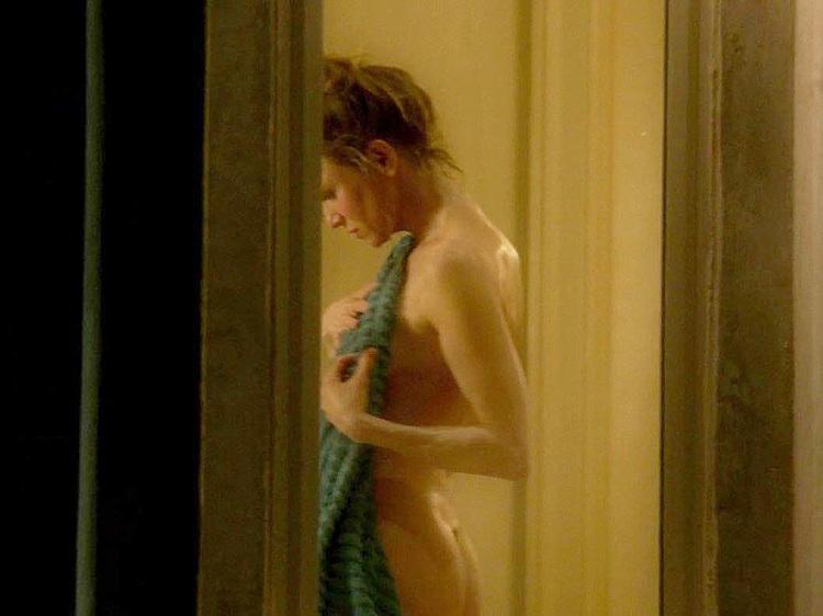 Renee Zellweger Topless
