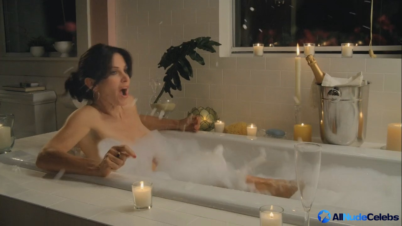 Images Of Courteney Cox Naked